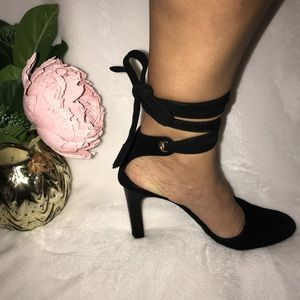 Gucci Shoes - AUTHENTIC GUCCI Vintage Sexy Ankle Wrap Heels, 7.5